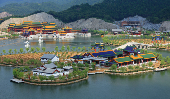 新长春园以北京圆明园盛时长春园为蓝本,既有雍容端庄,金碧辉煌的