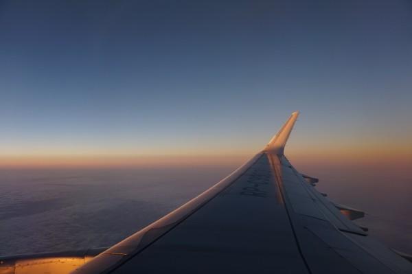 飞机上的朝霞