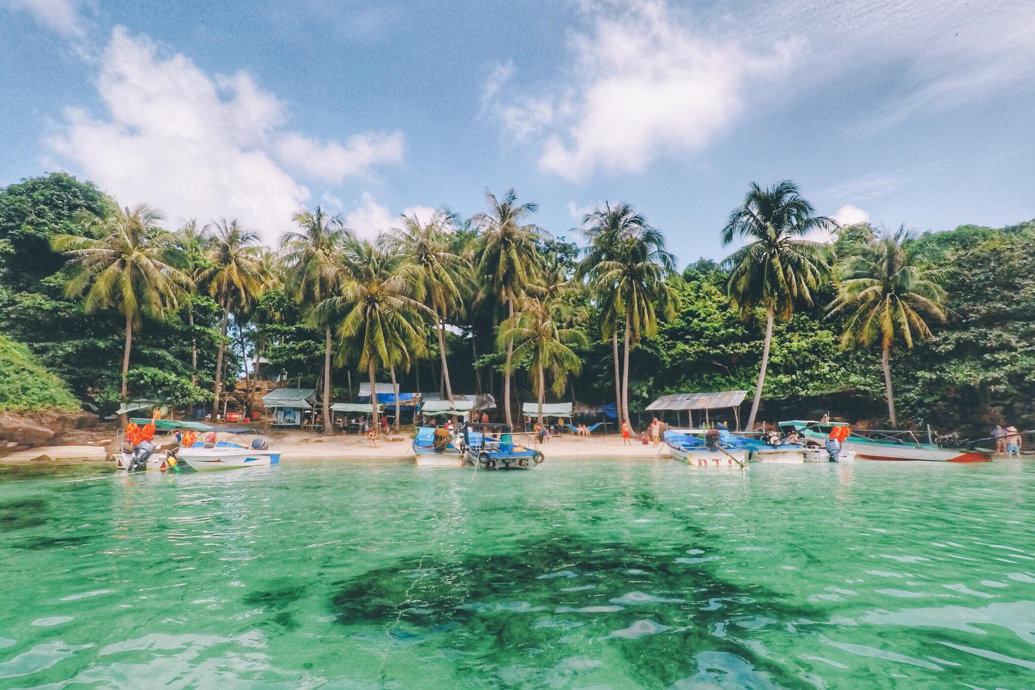越南富国岛 趣味海钓浮潜 体验深潜一日游(含午餐/提供潜水装备/专业