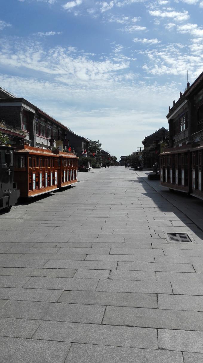 山海关,又称榆关,渝关,临闾关,位于河北省秦皇岛市东北15千米处,是明
