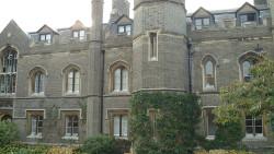 剑桥景点-彼得学院