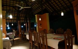 尼甘布美食-Tusker Restaurant