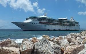 【加勒比海图片】陶醉在南加勒比海 4————我乘坐的皇家加勒比海号游轮