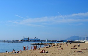 普罗旺斯娱乐-Midi海滩(已停业)