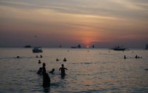 【宿雾图片】菲律宾日记,写给未来的我们(长滩岛,宿雾,锡基霍尔,苏米龙,oslob,杜马盖地10日游)