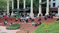 西雅图景点-先民广场(Pioneer Square)