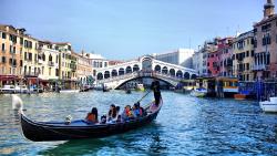 威尼斯景点-里亚托桥(Rialto Bridge)
