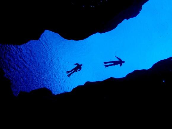 【神秘裂缝探险】冰岛丝浮拉(silfra)大裂缝潜水半日游(雷克雅未克