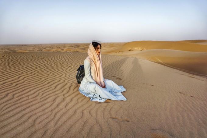 一個人遇見彩色伊朗十天圖片